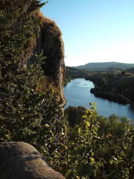 El Duero a su paso por San Saturio